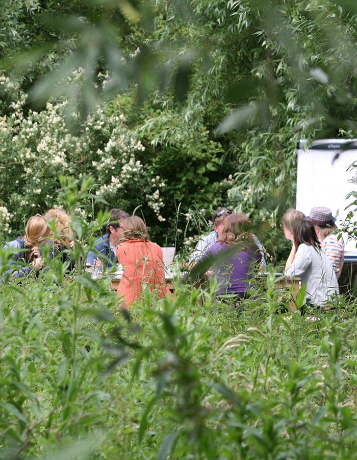 natuurlijke vergaderlocatie, teambuilding in de natuur, vergaderruimte in een verbouwde boerderij,delft, rotterdam, den haag